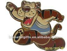 Tiger animal clothes l pin badge