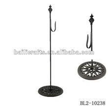 cast iron standing hook