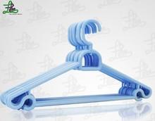 PH009 Wholesale colorful cheap plastic hanger