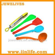 Green silicone kitchen ware