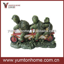 lovely tortoise family on bike sculptures Polyresins crafts home decoration
