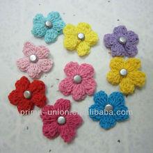 Decorativa flor de crochê para o cartão de DIY
