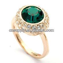Newest Fashion Emerald Stone Ring With Diamonds