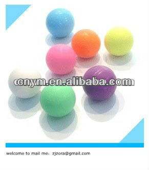 solid rubbe balls