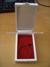 2013 fashion pandora wooden jewelry box