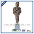 finitura arrugginito in piedi statua di buddha