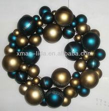 xmas balls wreath