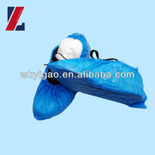 Waterproof machine made shoe cover, disposable shoe cover with all size available