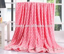 2014 wholesales China Super cozy warm fashionable hottest super soft luxury flannel blanket