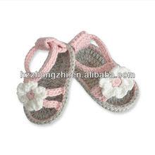 Lovely 3D design 100 % handmade babies shoe socks
