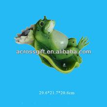 green lying cartoon animal polyresin solar light