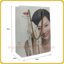 Fashion cosmetic manufactory customized paper carry bags