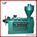 Machine de presse d'huile d'arachide./machine presse à huile/d'arachide. presse à huile