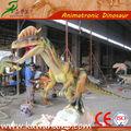 Dinossauro rei brinquedos do parque de diversões