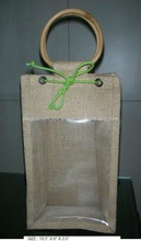 Jute wine bottle carrier