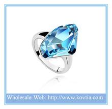 Personalized fashion Austrian crystal 18K gold ingot jewelry bule diamond engagement ring