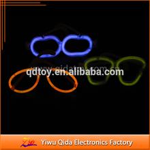 heart-shaped glow stick glasses