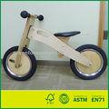 de madera en miniatura de la bicicleta de juguete
