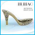 2014 nueva llegada caliente de la venta del oro zapatos de tacón alto con gran diamante para las niñas FH518