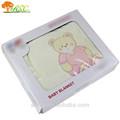 Venta al por mayor de artículos bordados 100% mantas poliester cómodo manta suave para bebés