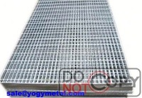 Heavy duty galvanized webforge steel grating