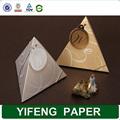 grossista china alibaba em forma de pirâmide do favor do casamento caixa de papel de embalagem