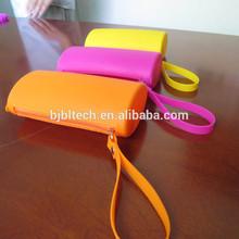 Silicone rubber pen case and silicone pencil case