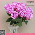 12 artificiels, bouton de rose