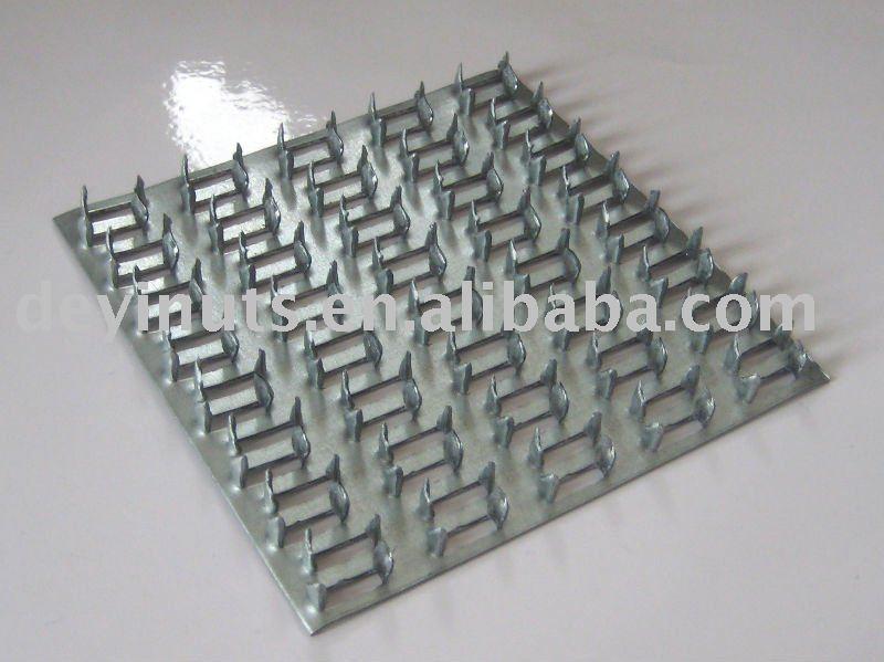 Truss nail plates