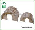 Rat maison de bois naturel avec rond pont toit