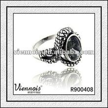 Top Ladies Fashion single Gemstone Ring 2012