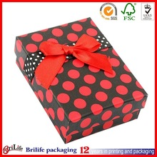red wedding favor box