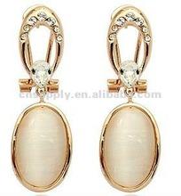new fashion opal and rhinestone earring
