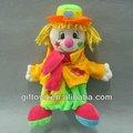 colorato peluche spaventapasseri giocattolo con mano burattino funzione