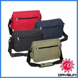 Portable polyester messenger bag custom
