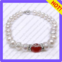 Hand Wear New Invention 2013 Made Of A Grade 8-9mm Off Round White Pearls And A Singal Red Agate