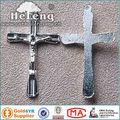 metallo sottile croce cristiana