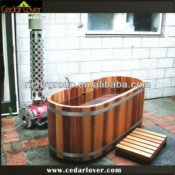 fancy outdoor holzofen 1 personen whirlpool im freien. Black Bedroom Furniture Sets. Home Design Ideas