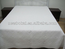 High Quality Embroidery Quilts Bed Curtain set