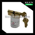 La manija de puerta cerradura de cilindro