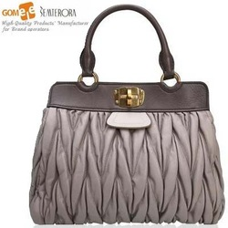 2015 hot sale famous brand classic style 100% sheep skin leather lady handbag Metal Clip tote bag