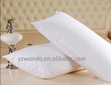 white plain pillows/travel cushions