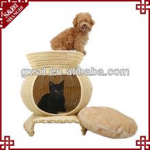 S&D wholesale handicraft breathable waterproof durable plastic PE rattan kennel dog house
