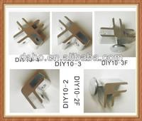 Aluminium clamps for glass DIY shelves