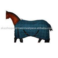 Outdoor horse rug