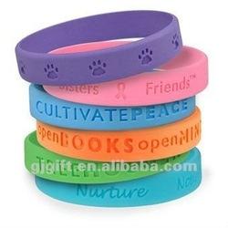 2015 custom debossed wristband cheap silicone bracelet
