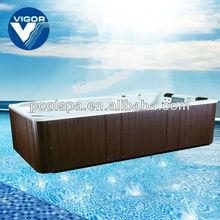 Endless swimming pool / Portable endless pool