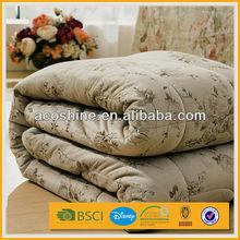 100 polyester fiber comforter