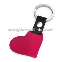 Red heart metal keyrings