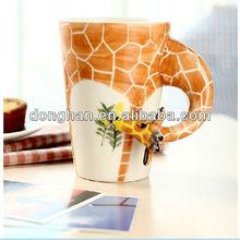 11oz novelty giraffe shape ceramic gift creative animal design mugs